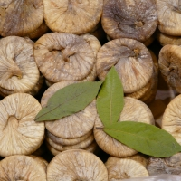 Organic And Conventional Sun Dried Figs