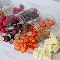 Vacuum Freeze Dried Herbs and Fruits