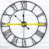 Decoration Items: Wall Clock