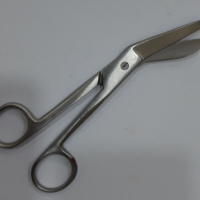 title='Bandage Scissors'