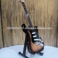 Miniature Guitar Squier Affinity Strat