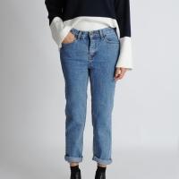 Gold Button Straight Jeans(Denim)