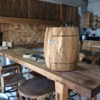 Oak Barrel 02