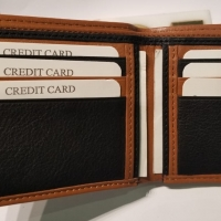 title='100% Cow Leather Men's Wallet'