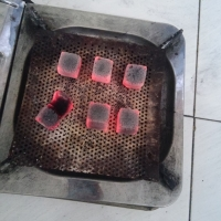 100% Coconut Shell Charcoal Briquettes