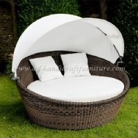 Wicker Round Sunbed