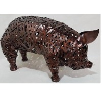 Pig Crazy Weave Decor