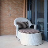 6022 Lounge Set With Chair