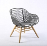 King Low-Back Armchair