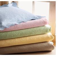 Cotton Matelasse Coverlet & Bedspread