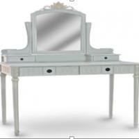 Vintage Furniture: Make Up Table